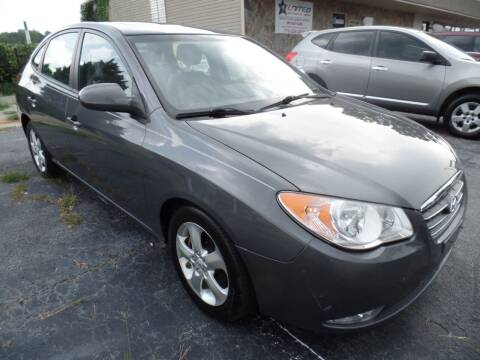 2009 Hyundai Elantra for sale at United Automotive Group in Griffin GA