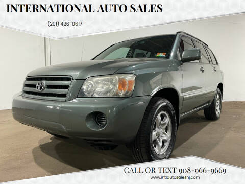 2006 Toyota Highlander for sale at International Auto Sales in Hasbrouck Heights NJ
