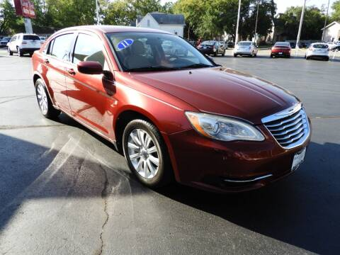 2011 Chrysler 200 for sale at Grant Park Auto Sales in Rockford IL