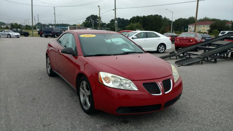 2007 Pontiac G6 for sale at Kelly & Kelly Supermarket of Cars in Fayetteville NC