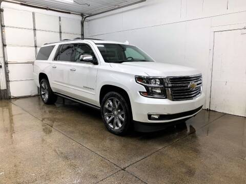 2017 Chevrolet Suburban for sale at PARKWAY AUTO in Hudsonville MI