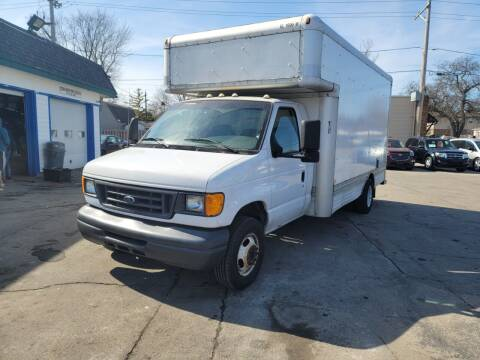 2007 Ford E-Series Chassis for sale at MOE MOTORS LLC in South Milwaukee WI