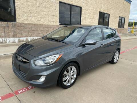 2012 Hyundai Accent for sale at Dream Lane Motors in Euless TX