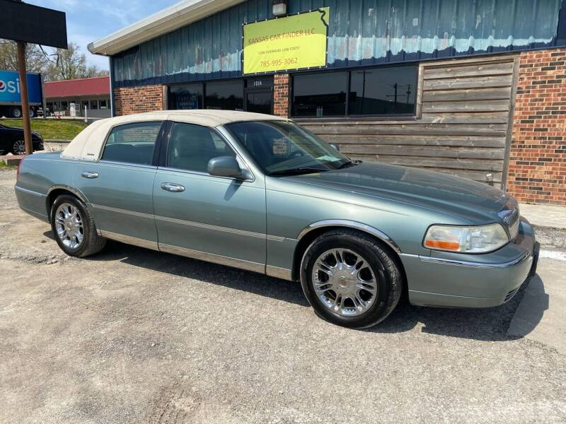 2005 Lincoln Town Car for sale at Kansas Car Finder in Valley Falls KS