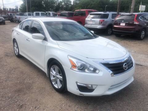 2013 Nissan Altima for sale at Truck City Inc in Des Moines IA
