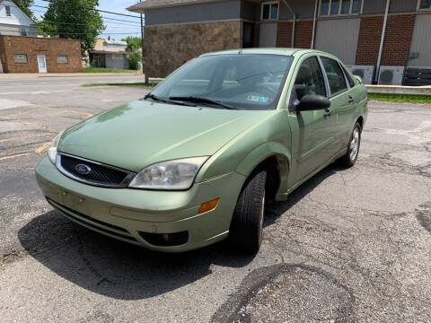 2007 Ford Focus for sale at USA AUTO WHOLESALE LLC in Cleveland OH