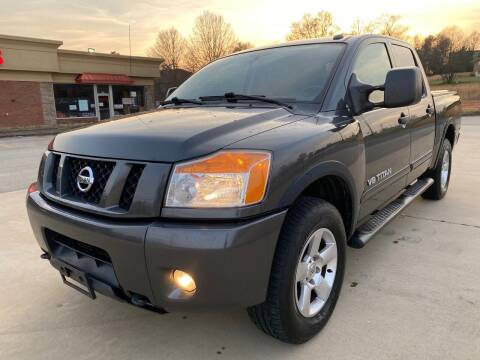 2012 Nissan Titan for sale at Gwinnett Luxury Motors in Buford GA