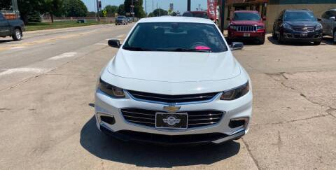 2018 Chevrolet Malibu for sale at Mulder Auto Tire and Lube in Orange City IA