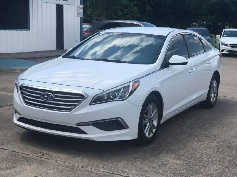 2016 Hyundai Sonata for sale at Discount Auto Company in Houston TX
