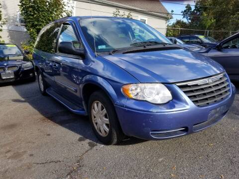 2007 Chrysler Town and Country for sale at Motor City in Boston MA