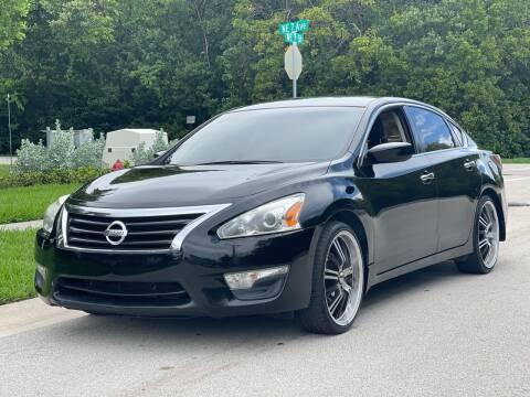 2015 Nissan Altima for sale at L G AUTO SALES in Boynton Beach FL