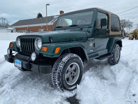 1999 Jeep Wrangler for sale at Siglers Auto Center in Skokie IL