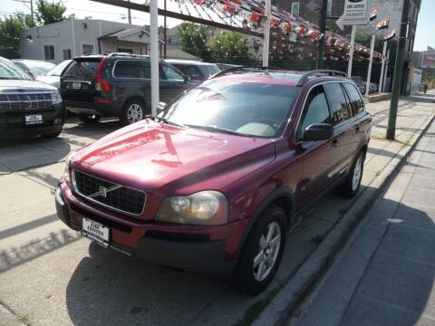 2004 Volvo XC90 for sale at CAR CENTER INC in Chicago IL