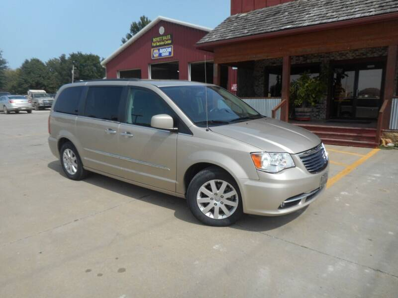 2016 Chrysler Town and Country for sale at Boyett Sales & Service in Holton KS