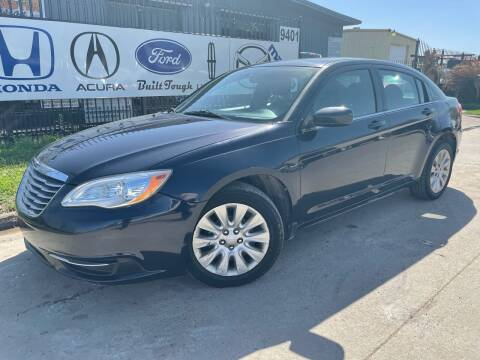 2012 Chrysler 200 for sale at TWIN CITY MOTORS in Houston TX