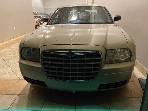 2006 Chrysler 300 for sale at Super Bee Auto in Chantilly VA