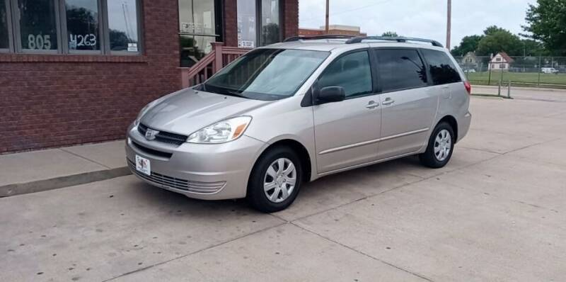 2004 Toyota Sienna for sale at CARS4LESS AUTO SALES in Lincoln NE