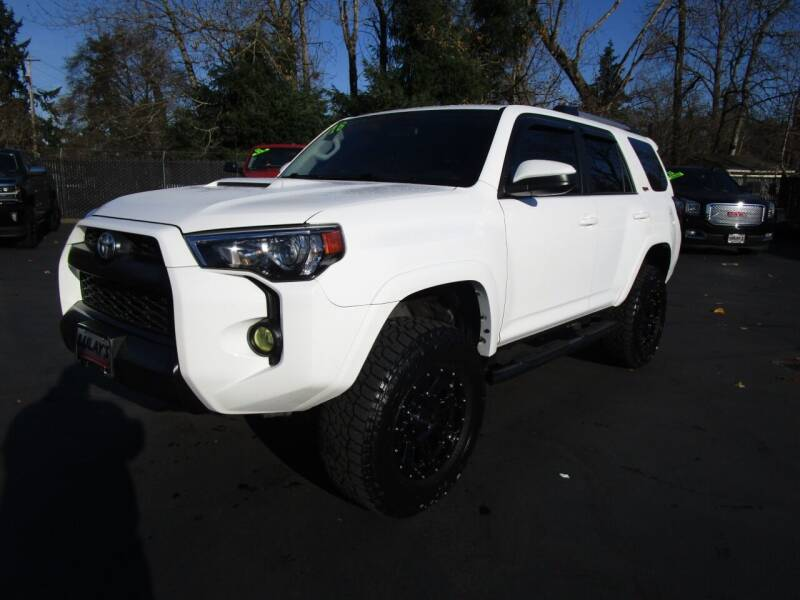 2016 Toyota 4Runner for sale at LULAY'S CAR CONNECTION in Salem OR