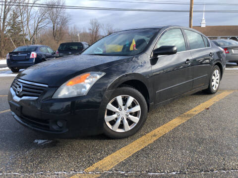 2009 Nissan Altima for sale at J's Auto Exchange in Derry NH