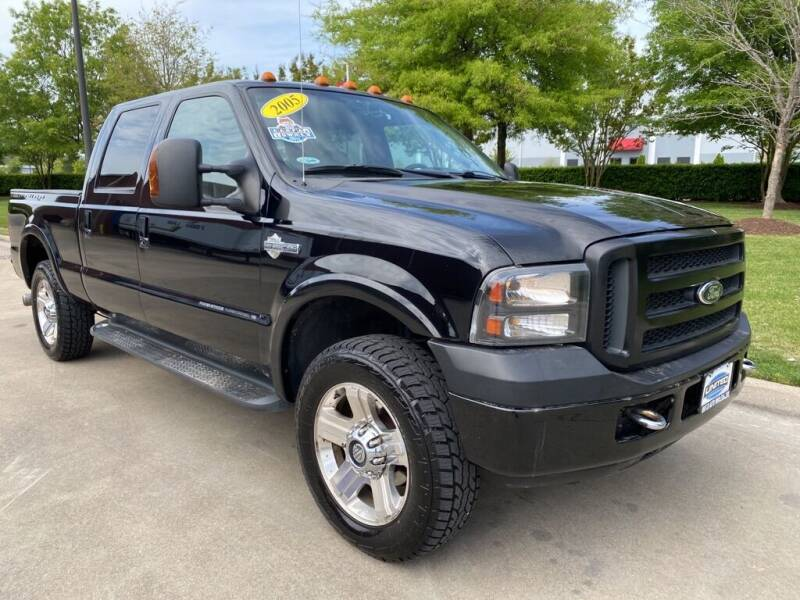 2005 Ford F-250 Super Duty for sale at UNITED AUTO WHOLESALERS LLC in Portsmouth VA
