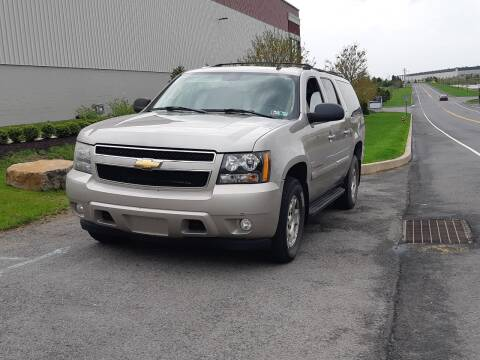 2007 Chevrolet Suburban for sale at MMM786 Inc. in Wilkes Barre PA