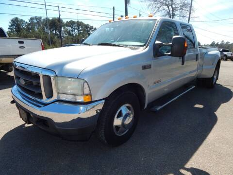 2004 Ford F-350 Super Duty for sale at Medford Motors Inc. in Magnolia TX