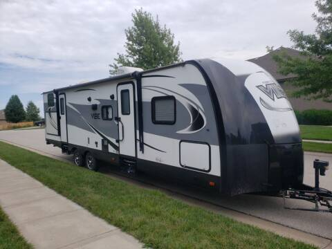 2017 FOREST RIVER VIBE VIBE 308BHS for sale at Used Auto LLC in Kansas City MO