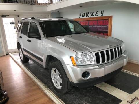 2005 Jeep Grand Cherokee for sale at Forkey Auto & Trailer Sales in La Fargeville NY