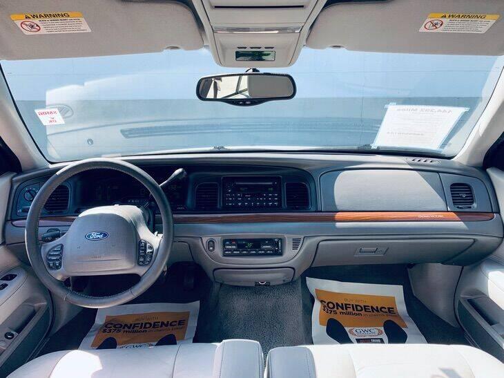 2003 Ford Crown Victoria LX 4dr Sedan - Ontario CA