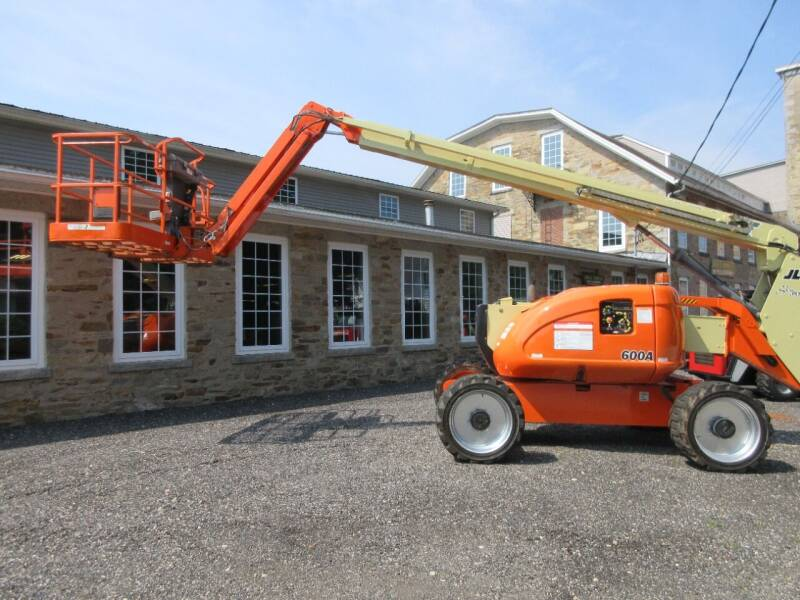 2011 JLG 600AJ for sale at ABC AUTO LLC in Willimantic CT