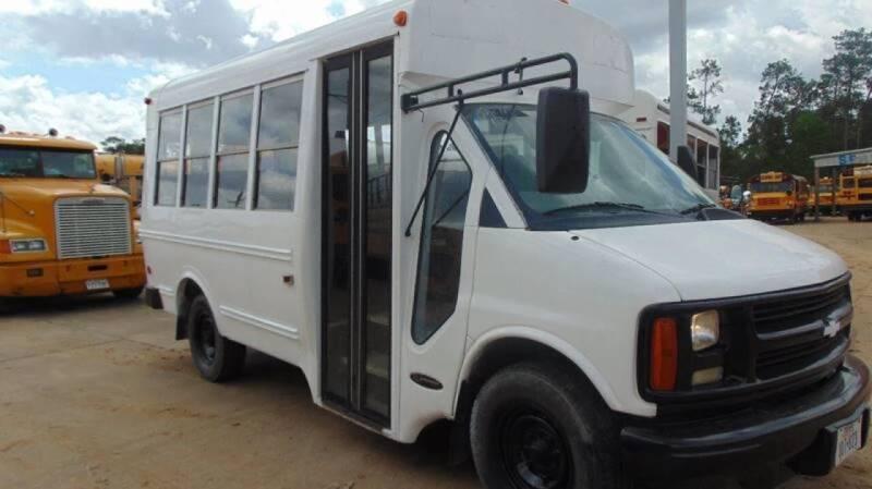 2001 Chevrolet Girardin for sale at Interstate Bus Sales Inc. in Wallisville TX