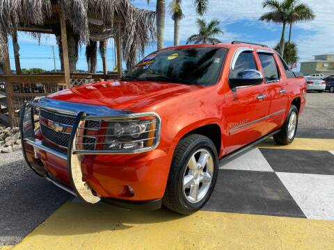 2009 Chevrolet Avalanche for sale at D&S Auto Sales, Inc in Melbourne FL