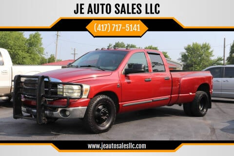 2007 Dodge Ram Pickup 3500 for sale at JE AUTO SALES LLC in Webb City MO