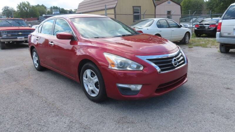 2014 Nissan Altima for sale at RIVERSIDE CUSTOM AUTOMOTIVE in Mc Minnville TN