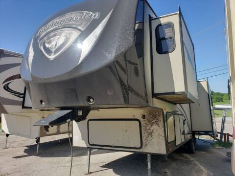 2013 Forest River Heritage Glen 286RLTS for sale at Ultimate RV in White Settlement TX