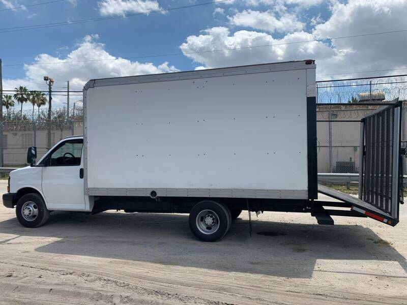 2007 Chevrolet Express Cutaway for sale at Exotic Auto Brokers in Miami FL