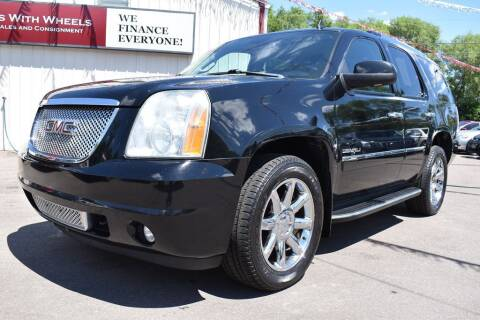 2010 GMC Yukon for sale at Dealswithwheels in Inver Grove Heights MN