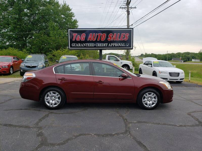 2012 Nissan Altima for sale at T & G Auto Sales in Florence AL
