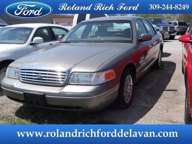 2003 Ford Crown Victoria for sale in Delavan, IL