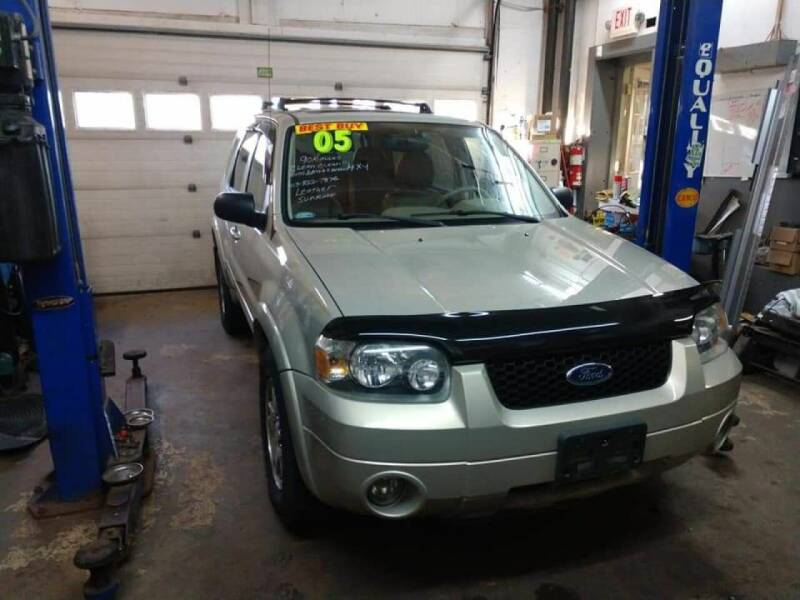 2005 Ford Escape AWD Limited 4dr SUV - Pittsfield MA