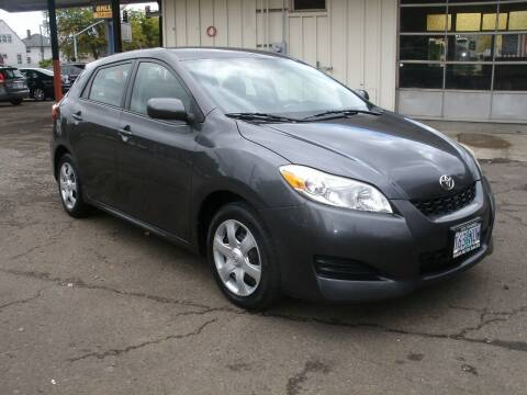 2009 Toyota Matrix for sale at D & M Auto Sales in Corvallis OR