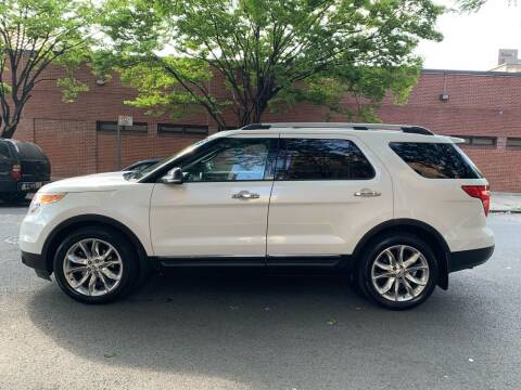 2013 Ford Explorer for sale at Gallery Auto Sales in Bronx NY