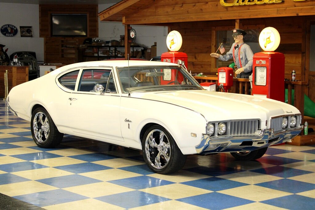 1969 Oldsmobile Cutlass 8