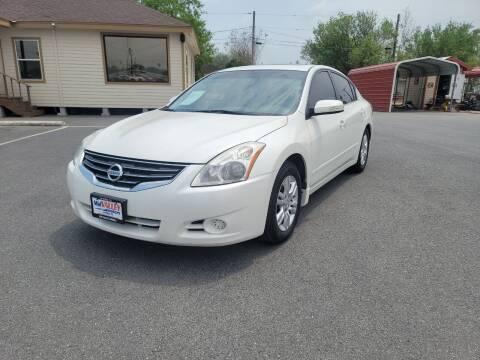 2012 Nissan Altima for sale at Mid Valley Motors in La Feria TX