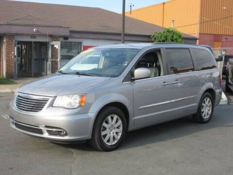 2014 Chrysler Town and Country for sale at Lynnway Auto Sales Inc in Lynn MA