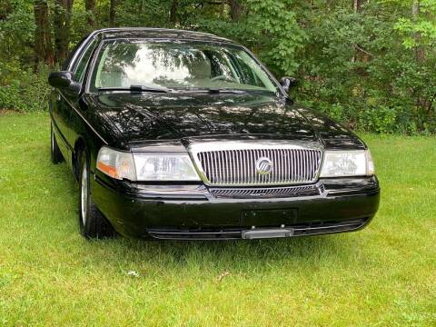 2005 Mercury Grand Marquis for sale at Choice Motor Car in Plainville CT