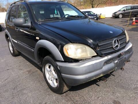 1998 Mercedes-Benz M-Class for sale at Certified Auto Exchange in Keyport NJ