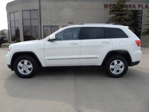 2011 Jeep Grand Cherokee for sale at Elite Motors in Fargo ND