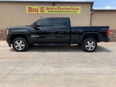 2018 GMC Sierra 2500HD for sale at BIG 'S' AUTO & TRACTOR SALES in Blanchard OK