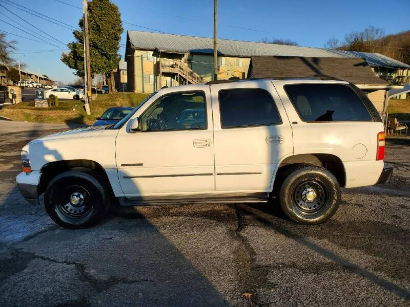 2002 Chevrolet Tahoe for sale at Knoxville Wholesale in Knoxville TN